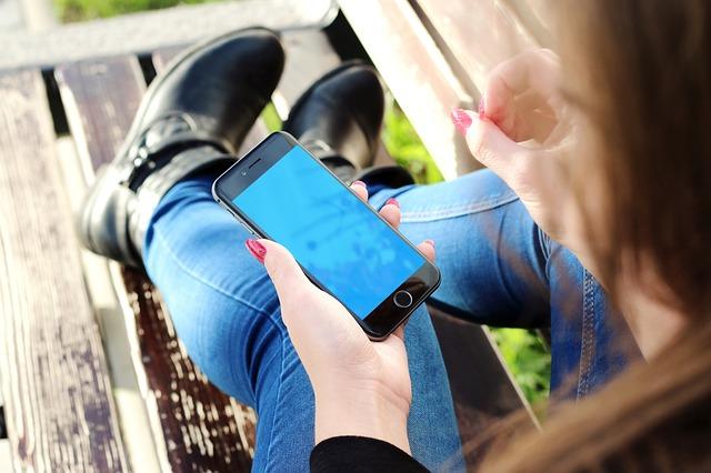 Má zvětšování smartphonů vůbec nějaké meze?